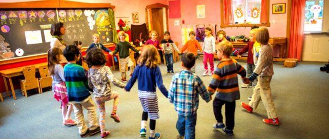 children_circle-1-1030x435.jpg