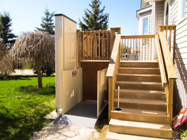 Example_PorchLift Outside
